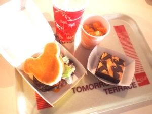 トゥモローランドテラスの食事